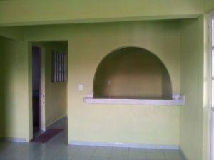 Rento departamento, en La Pastoría, Atenco:  • 3 habitaciones • sala-comedor • cocina • 1 baño completo • patio de servicio • estacionamiento