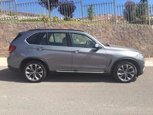 BMW X5  5P  xDRIVE 35i Excellence L6  3.0  Transmision Automatica Paquete Experencia Rines 20 P  Acabados Interior De Madera Acceso Confort Camara De Reversa  8,200 KM NUEVA