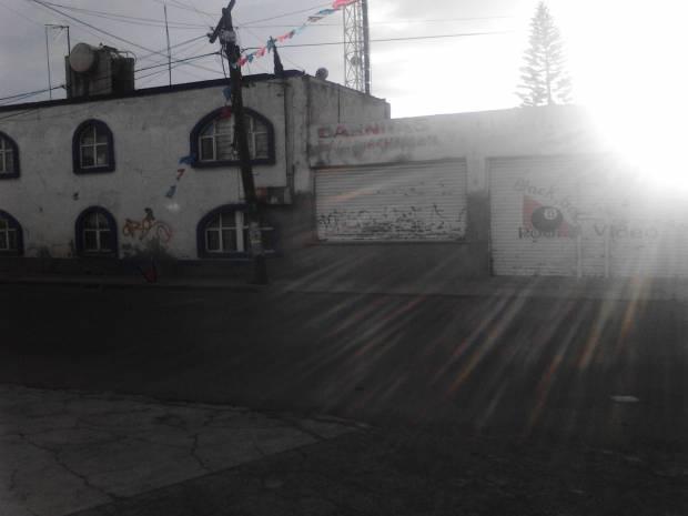 VENDO CASA EN ESQUINA, SOBRE AVENIDA PRINCIPAL, EN LA MAGDALENA ATLICPAC, MUNICIPIO DE LOS REYES LA PAZ ESTADO DE MEXICO, LA CASA SE UBICA EN EL PUEBLO DE LA MAGDALENA ATLICPAC EN AVENIDA JOSEFA ORTIZ DE DOMINGUEZ ESQUINA DEGOLLADO FRENTE