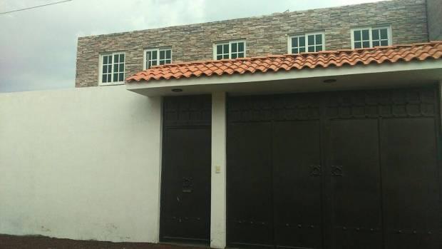 Excelente casa, ubicación a solo unos metros de la plaza Gran Patio Texcoco