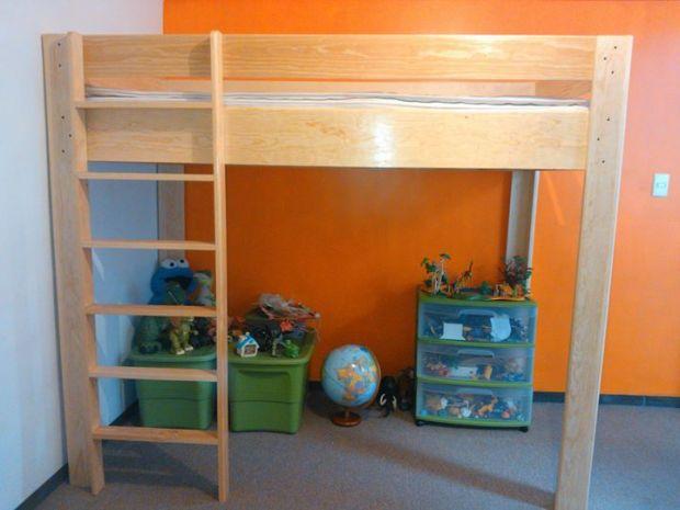 Se vende cama alta de madera para niño