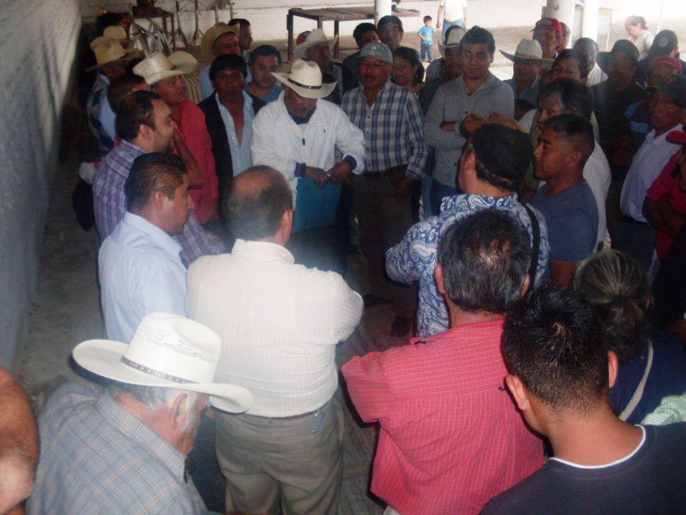 Miles de agricultores, ganaderos y productores del campo beneficiados con proyectos de SAGARPA en todo el país