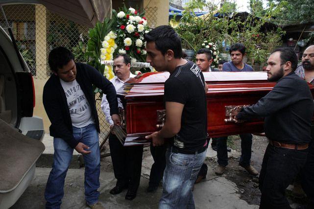 Periodistas colimenses, se manifiestan por El asesinato de Aurelio Cabrera, en Puebla