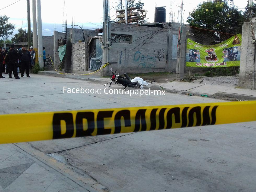 Ejecutan a joven motociclista en Tocuila,  Texcoco