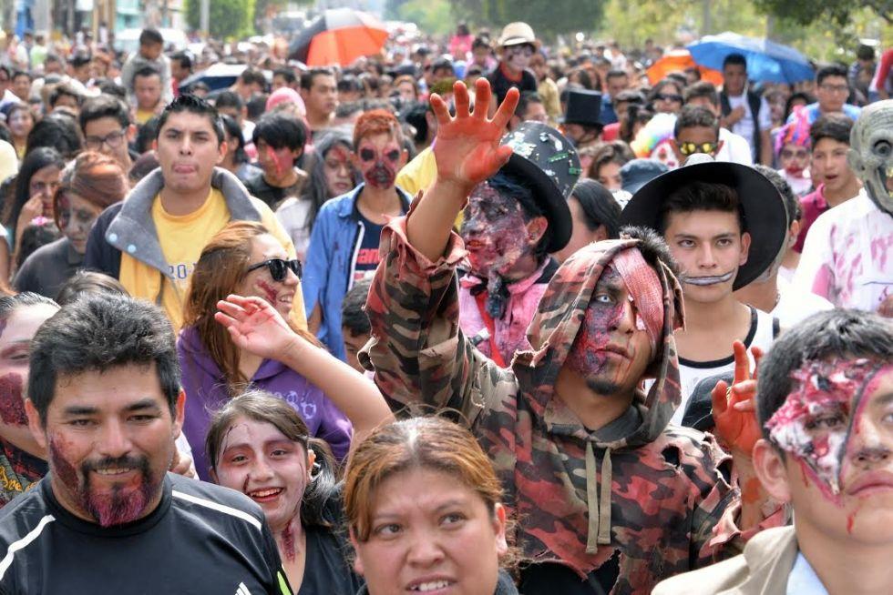 La Marcha de los Zombies llegan el domingo a Neza