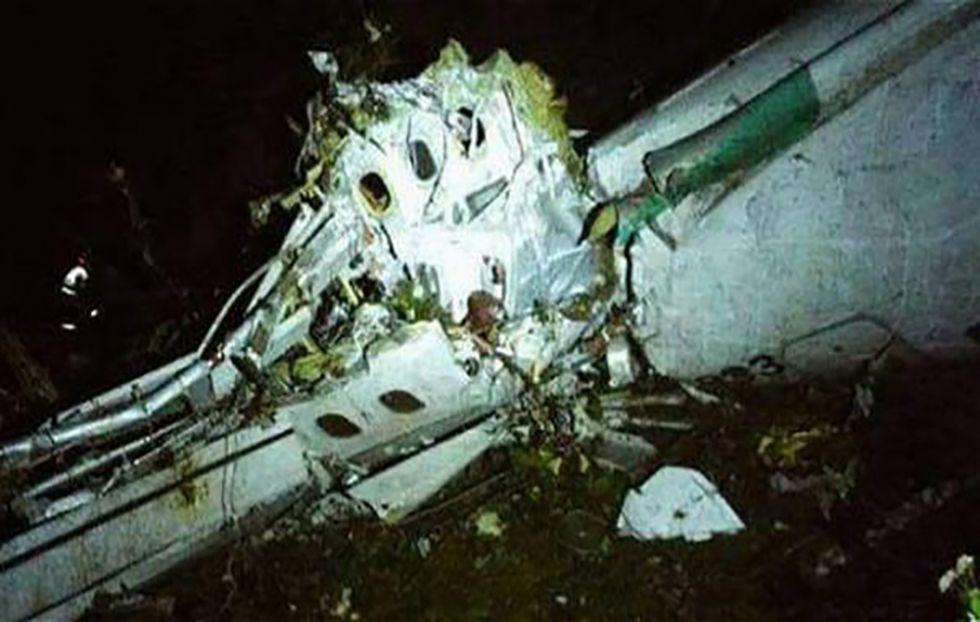 Colombia: se estrelló el avión que llevaba a futbolistas del Chapecoense de Brasil