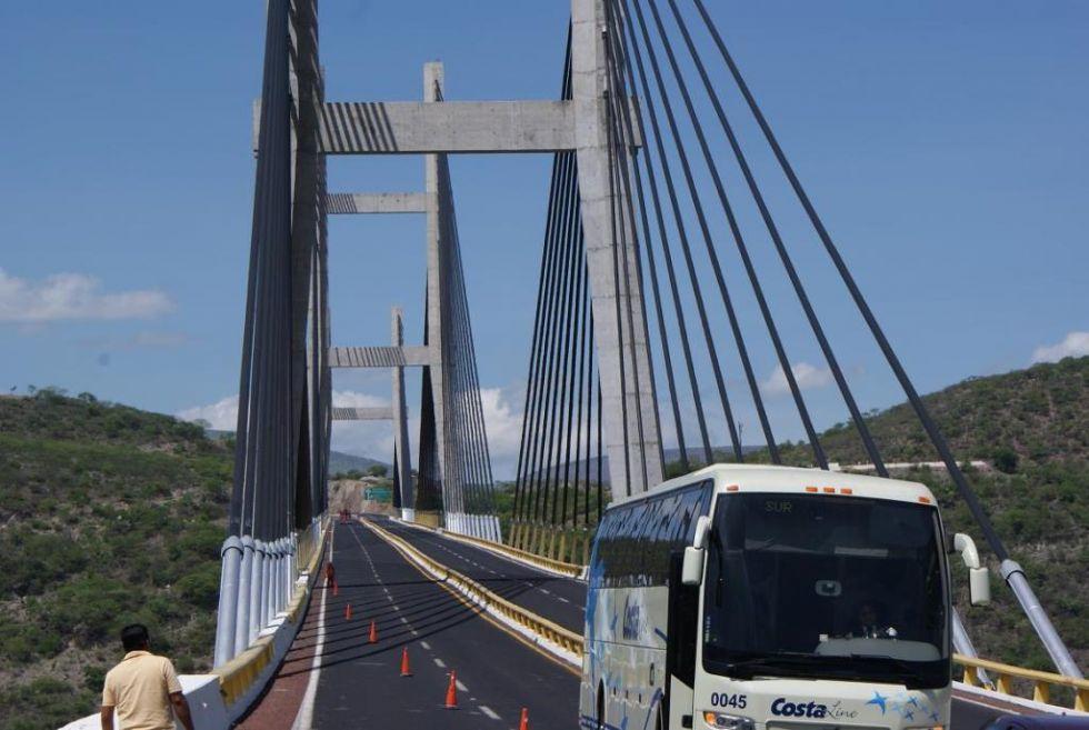 Aumentar tarifa en la Autopista del Sol, atentado contra la economía del estado