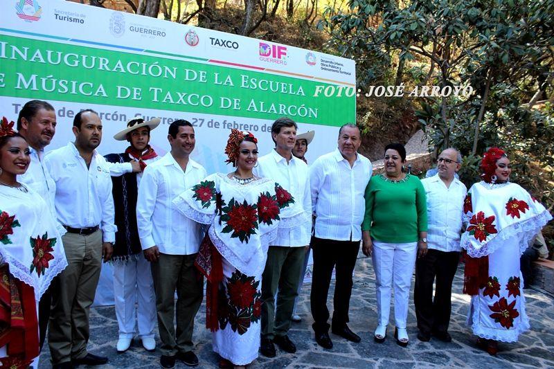 Inauguran la escuela de música de Taxco de Alarcón