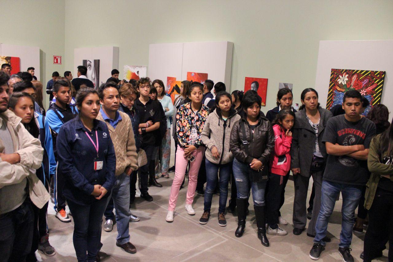 Inauguran Exposición de artistas chimalhuacanos en Texcoco