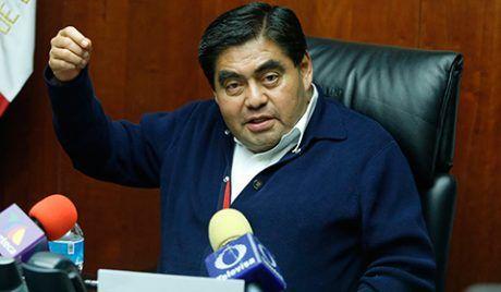 Renunció Miguel Barbosa a la coordinación del PRD en el Senado