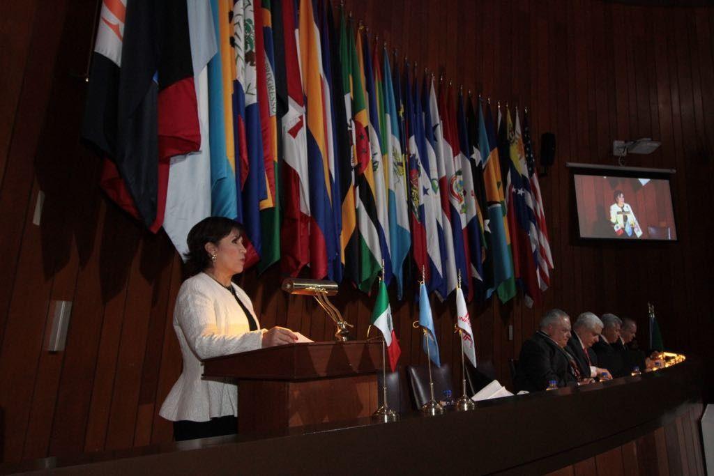 La vivienda es elemento ordenador en la construcción del desarrollo urbano sustentable e incluyente: Rosario Robles