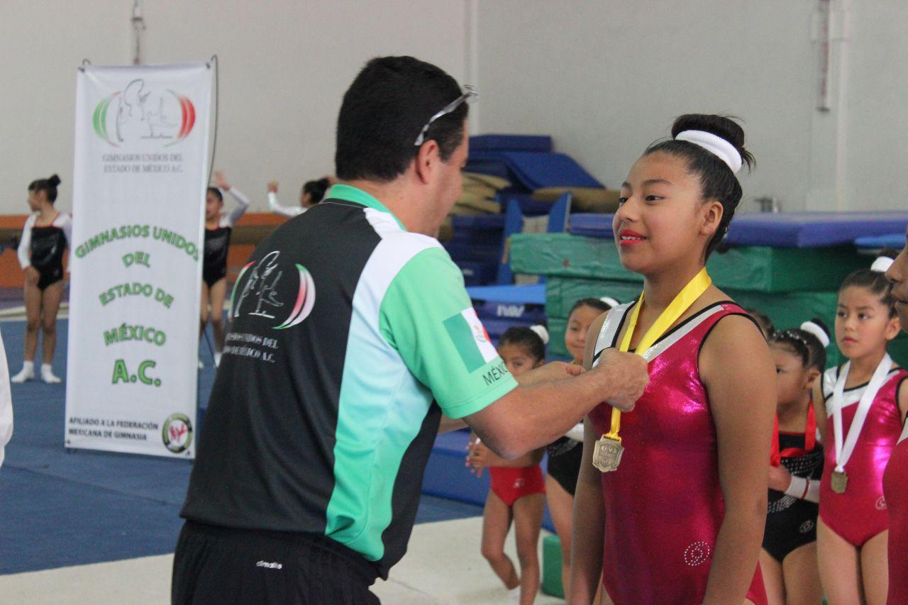 Chimalhuacanos clasifican al campeonato nacional de Trampolín