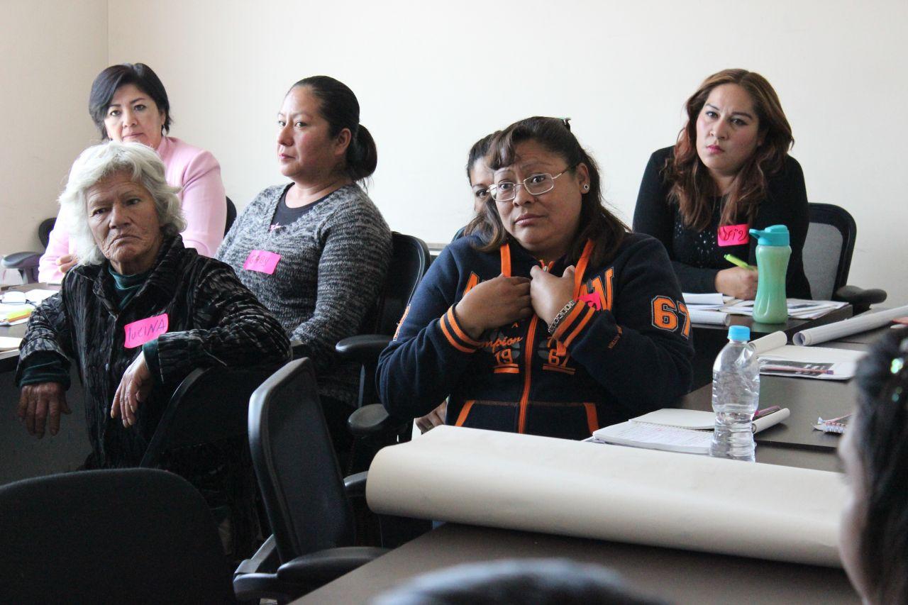 Capacitan a chimalhuacanos en materia de equidad de género