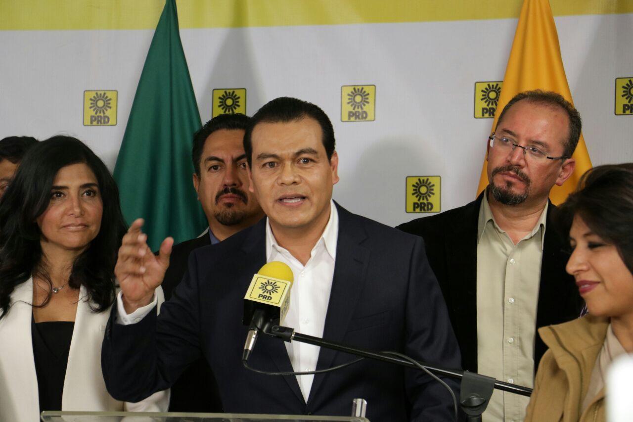 Designan a Juan Zepeda como candidato del PRD para gubernatura en Edomex