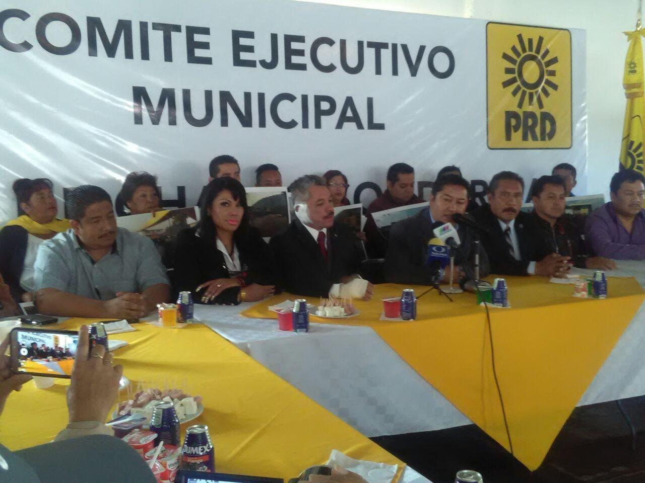 En Valle de Chalco, Javier Salinas ganó por 23,928 votos contra 684 de Juan Zepeda