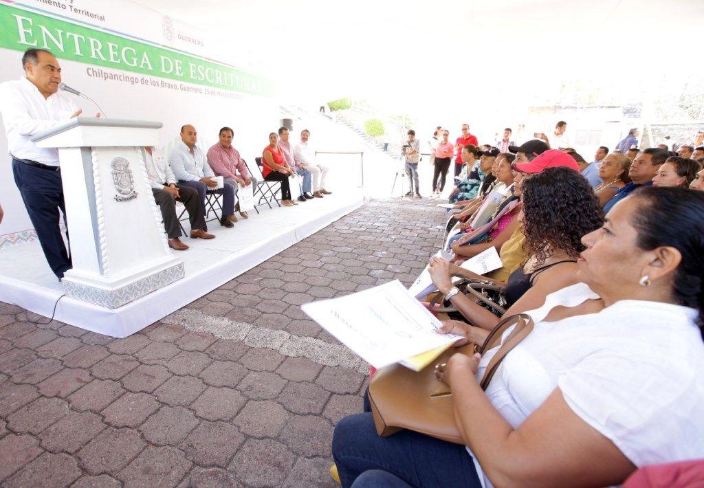 Gobierno de Guerrero prepara programa de escrituración de vivienda a bajo costo
