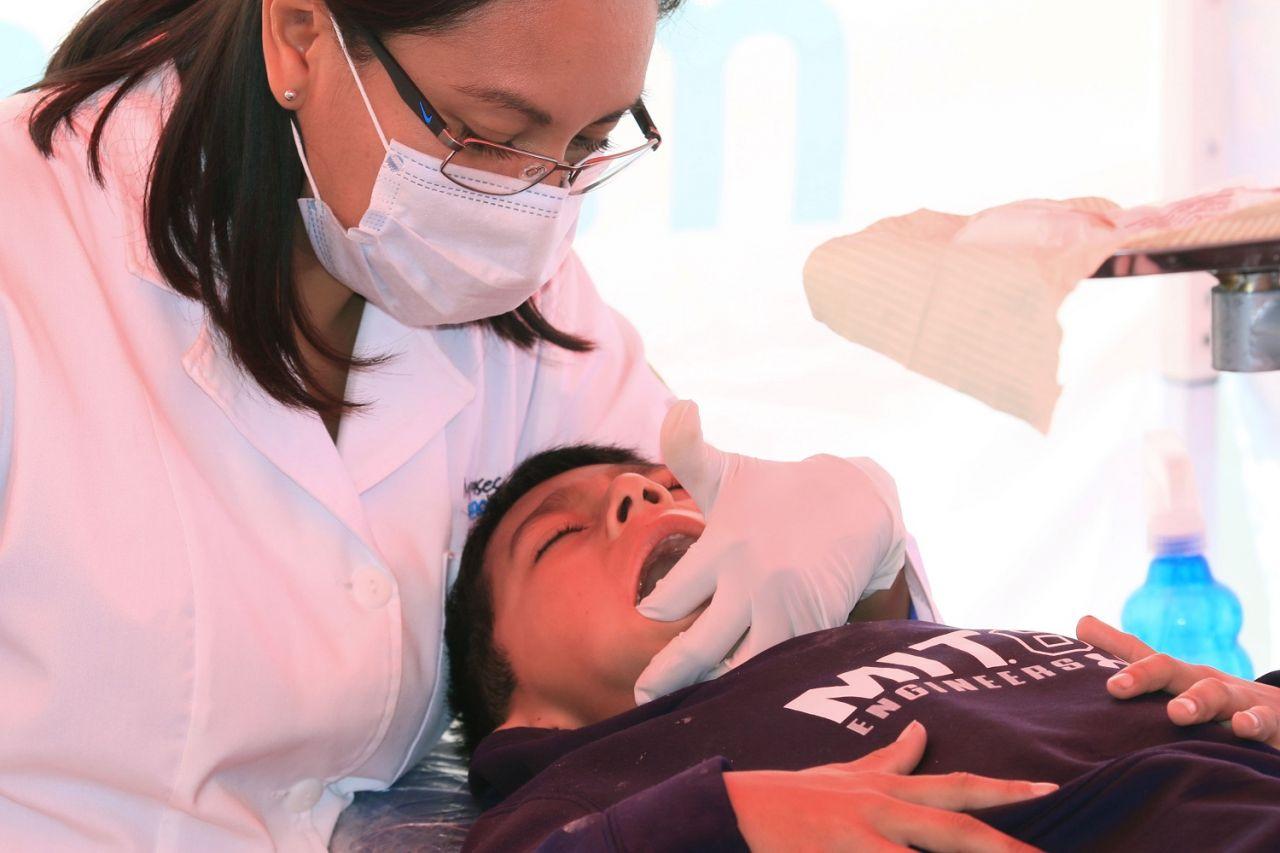 Operan a niños chimalhuacanos con labio leporino y paladar hendido