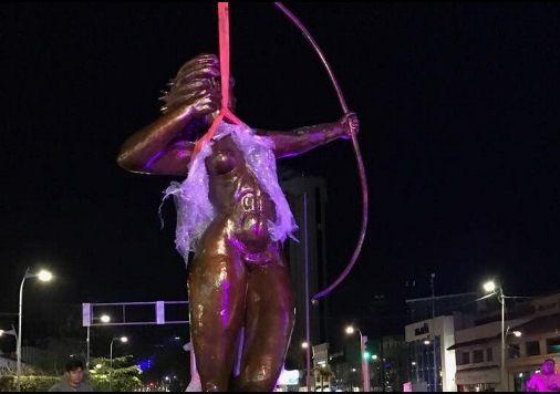Cambian escultura monumental de la Diana en Acapulco