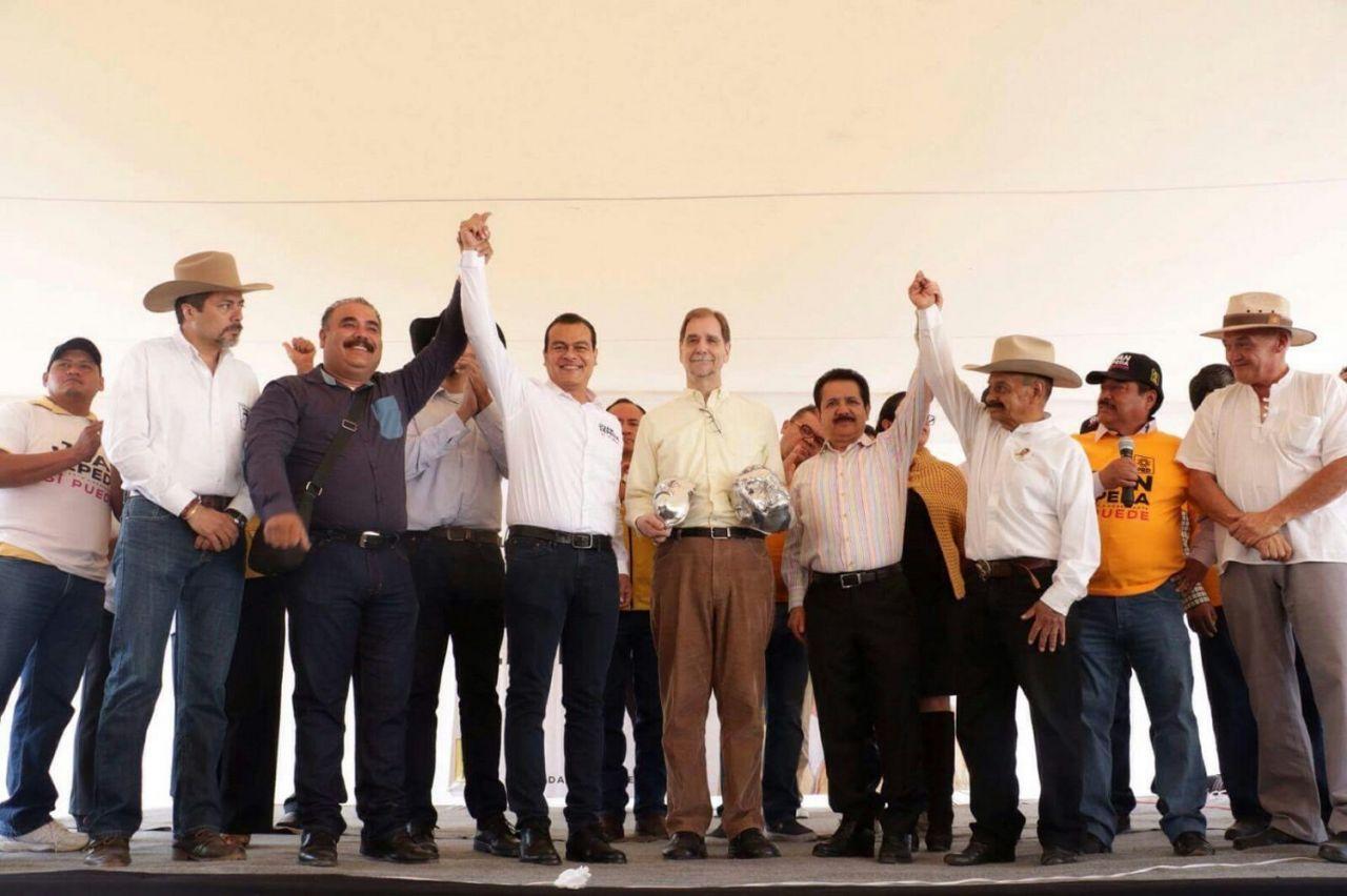 Hay que luchar contra la pobreza y la desigualdad: Juan Zepeda; recibe apoyo de los descendientes de Villa, Zapata y Felipe Ángeles