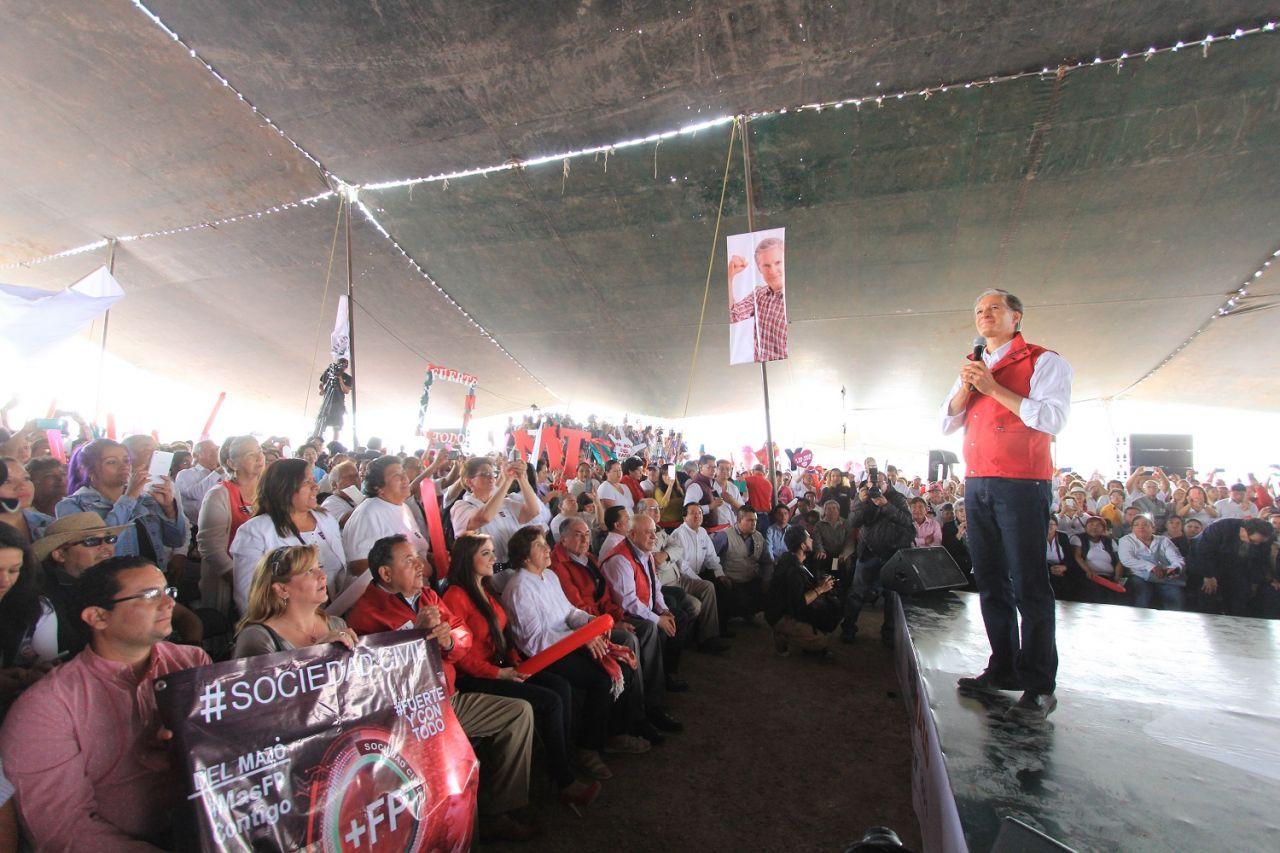 Alfredo Del Mazo se compromete  en Tecámac terminal de construir el Hospital Municipal y en Coacalco resolver el abasto de agua
