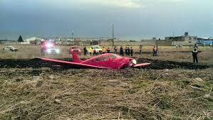 Cae una avioneta cerca del aeropuerto de Toluca