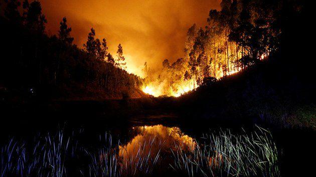 62 muertos y 57 heridos por incendio en Portugal