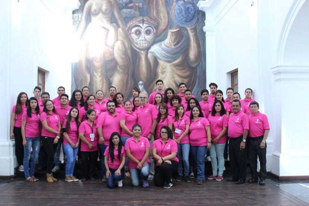 Ceramistas sinaloenses acuden al Premio Nacional de la Cerámica, en Tlaquepaque