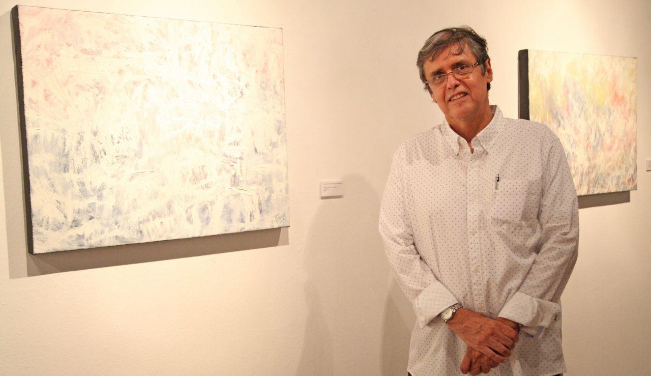 Muestra José L. Cuevas la serie Pictórica Sinfonía del silencio