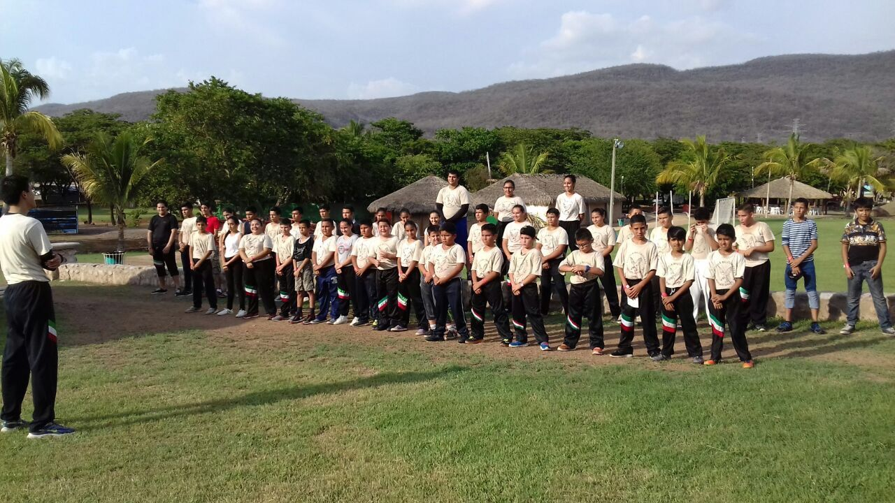 Inicio Campamento en Prevención de Adicciones; Escuela Militarizada Rescate Juvenil