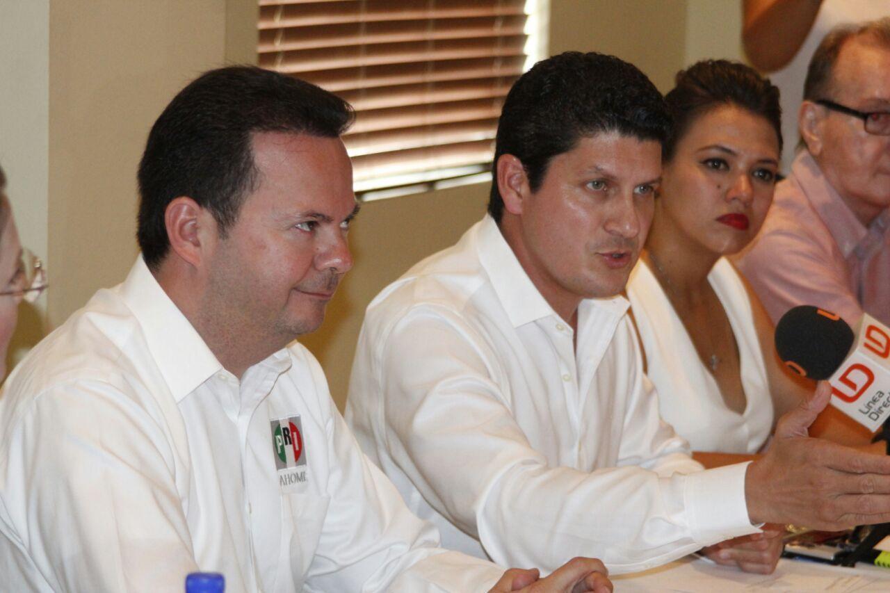 Sostiene Carlos Gandarilla reunión de acercamiento con regidores del PRI de Ahome