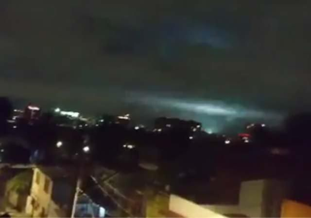 ¿Qué son las luces que aparecieron en el cielo durante el temblor?