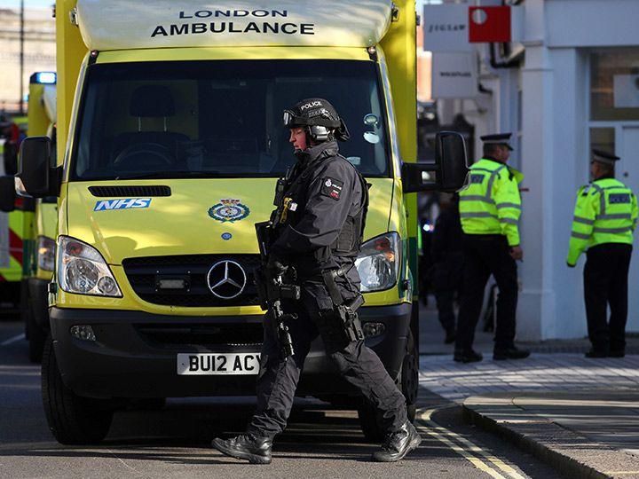 Suman 18 heridos tras estallido en metro de Londres