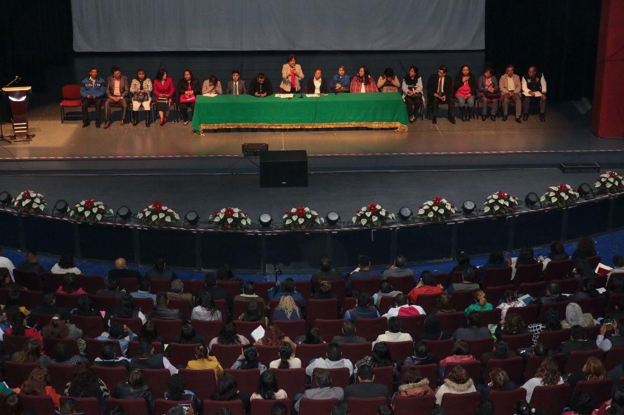Pueblo y gobierno unidos por la educación: Rosalba Pineda
