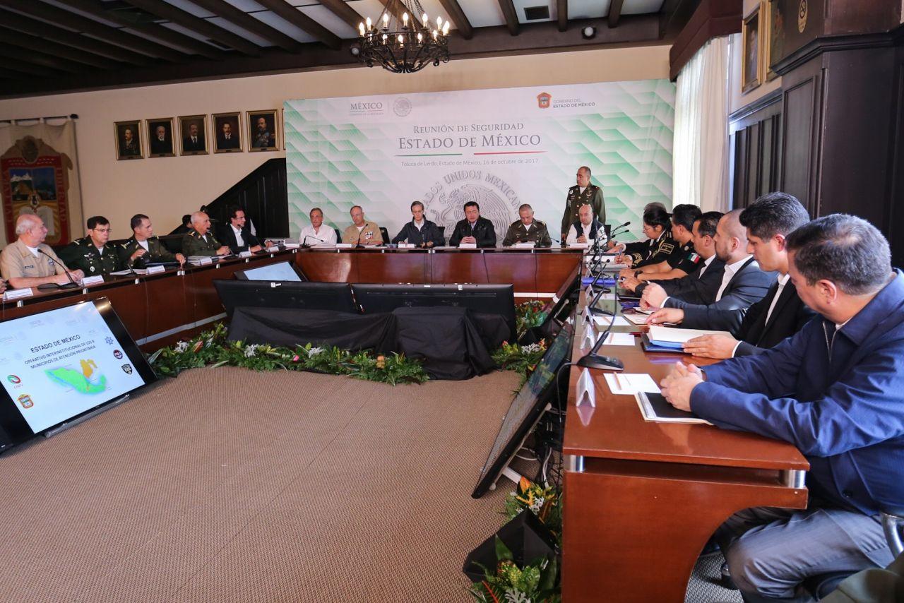 Miguel Angel Osorio Chong encabezó Reunión de Seguridad en el Estado de México