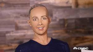 La primera ciudadana robot en el mundo se llama, Sophia.