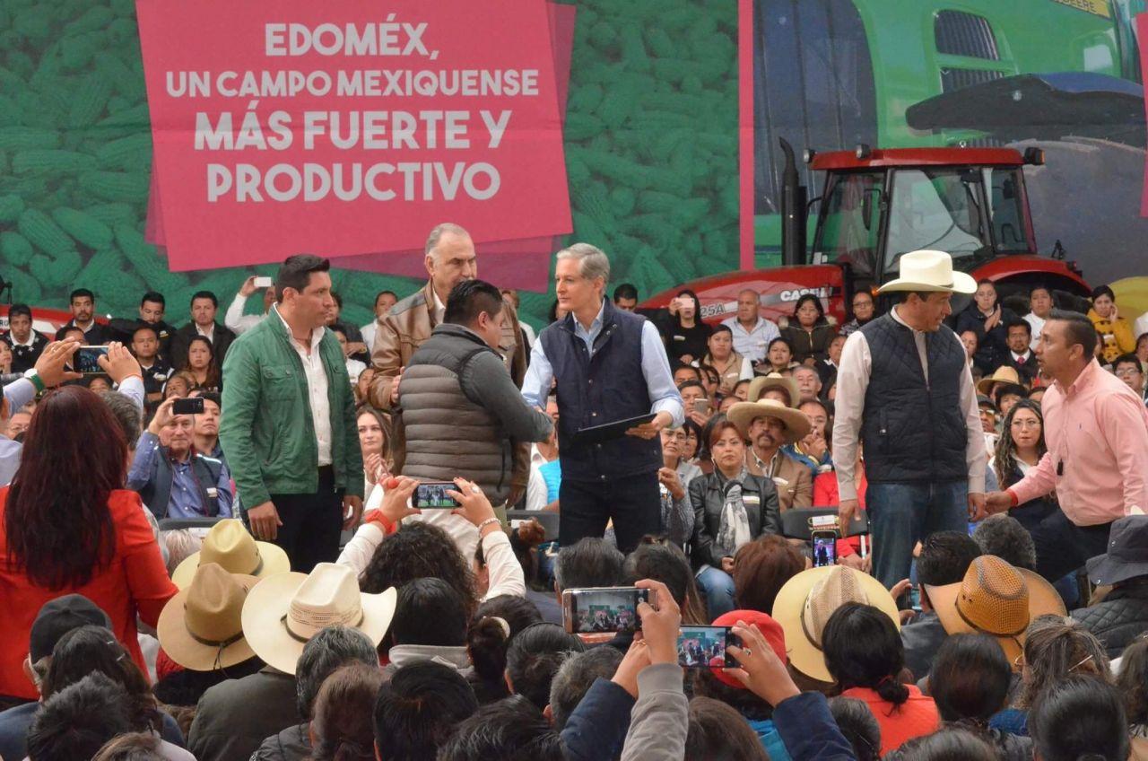 Alfredo del Mazo culminará el año entregando más de 160 MDP al campo mexiquense.