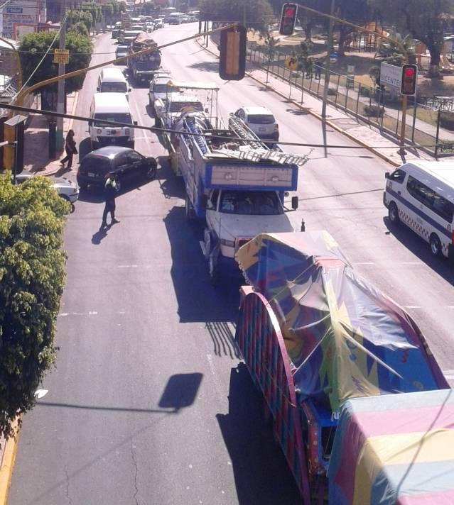 Alianza de organizaciones y sindicatos en Ecatepec demandan obras y servicios al presidente municipal Indalecio Ríos
